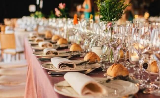 Ejemplos de mesas graciosas para una boda
