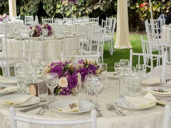 Ejemplo de centros de mesa para una bodas civil