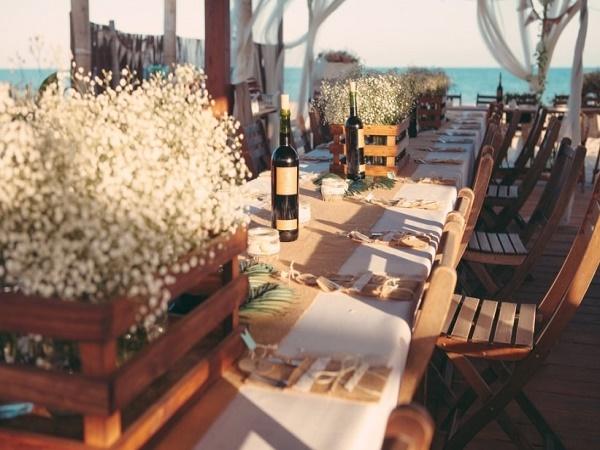 Mesas para boda en la playa