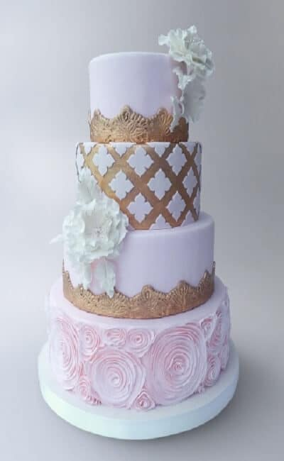 Pastel de boda con fondant