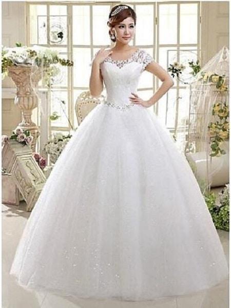 Vestido de casamiento con cintura ajustada