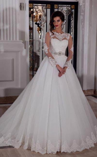 Vestido clásico y romántico