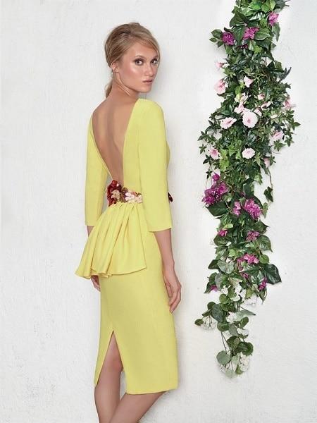 Vestido de fiesta amarillo para una boda