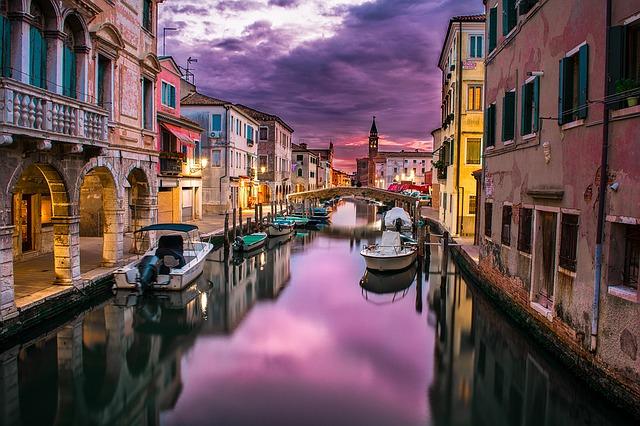 Luna de miel en Venecia canal