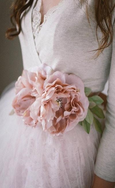 cinturones de flores para bodas llamativos