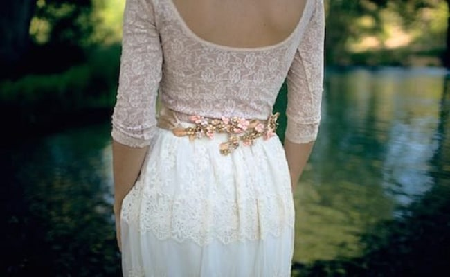 cinturones de flores discretas para bodas